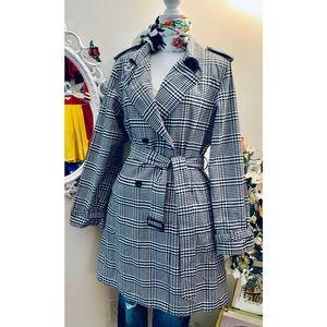 Bernardo  double breasted Plaid coat